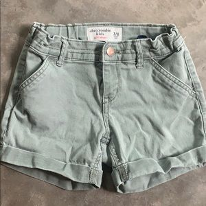 Girls Abercrombie & Fitch midi shorts size 7/8